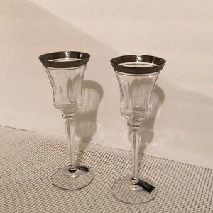 Set of 2 Mikasa platinum champagne flutes